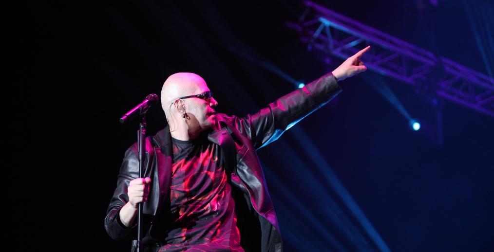 Концертът на Слави Трифонов и Ку-ку бенд на живо в Интернет Image 31