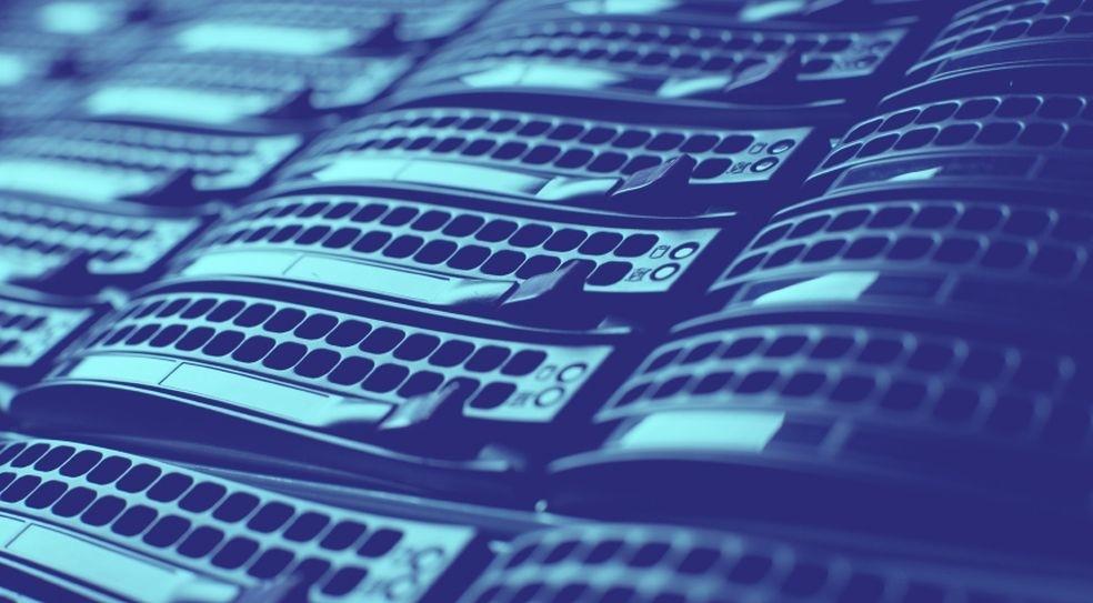 Облачни услуги Thumbnail Image